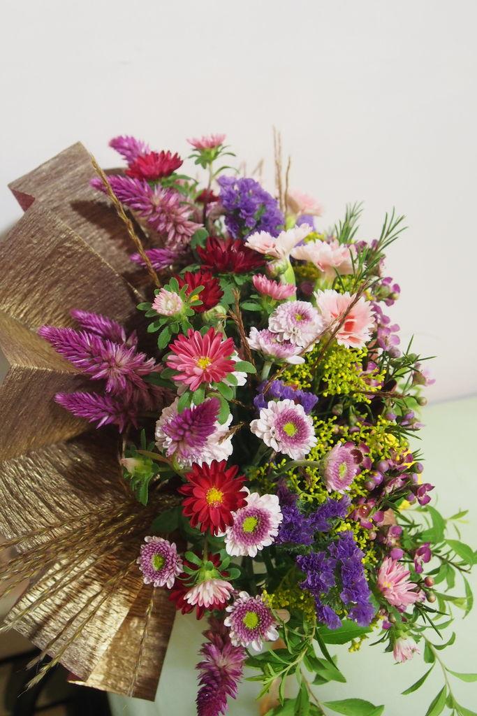 花ギフト フラワーギフト 誕生日 花 カノシェ話題 スタンド花 ウエディングブーケ 花束 花屋 P9070958