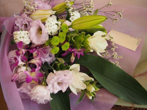 花ギフト|フラワーギフト|誕生日 花|カノシェ話題|スタンド花|ウエディングブーケ|花束|花屋|P8050499