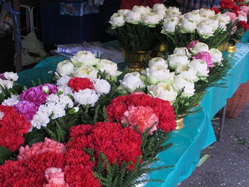 花ギフト|フラワーギフト|誕生日 花|カノシェ話題|スタンド花|ウエディングブーケ|花束|花屋|蓮とカーネ