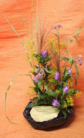 花ギフト|フラワーギフト|誕生日 花|カノシェ話題|スタンド花|ウエディングブーケ|花束|花屋|いしやまさん 月