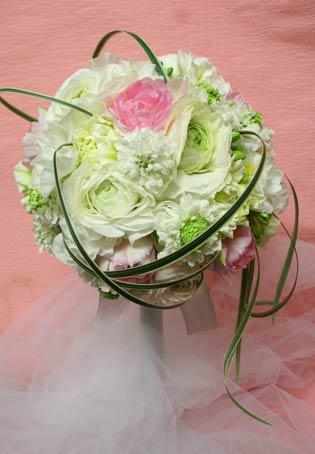 花ギフト フラワーギフト 誕生日 花 カノシェ話題 スタンド花 ウエディングブーケ 花束 花屋 丸の内センチュリーコート