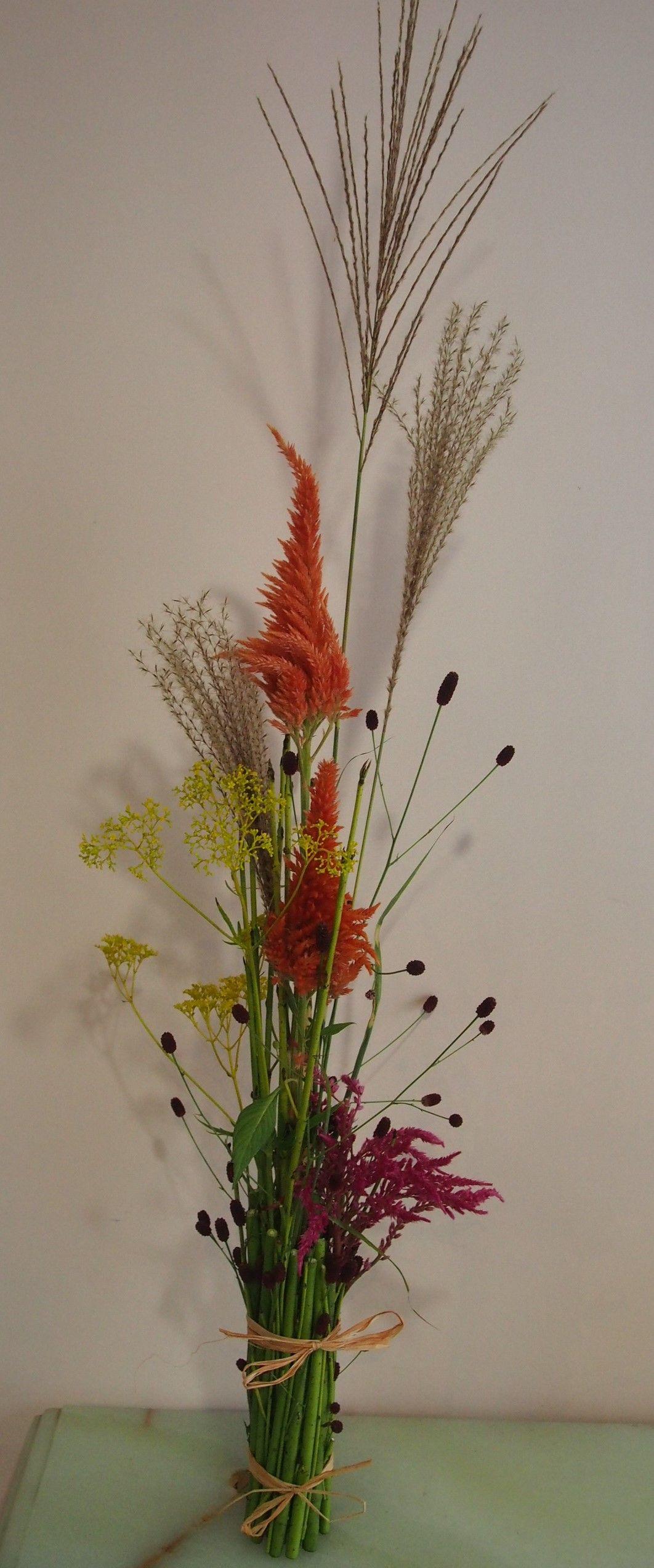 花ギフト フラワーギフト 誕生日 花 カノシェ話題 スタンド花 ウエディングブーケ 花束 花屋 thiensan