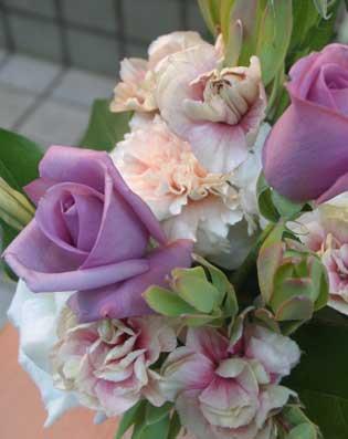 花ギフト|フラワーギフト|誕生日 花|カノシェ話題|スタンド花|ウエディングブーケ|花束|花屋|パラオ