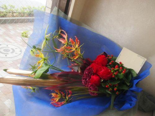 花ギフト|フラワーギフト|誕生日 花|カノシェ話題|スタンド花|ウエディングブーケ|花束|花屋|P5280195