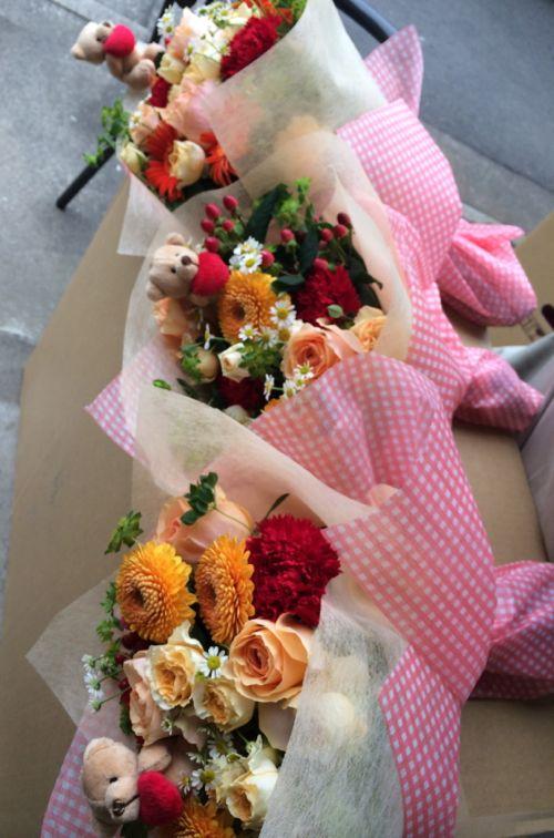 花ギフト|フラワーギフト|誕生日 花|カノシェ話題|スタンド花|ウエディングブーケ|花束|花屋|IMG_5150