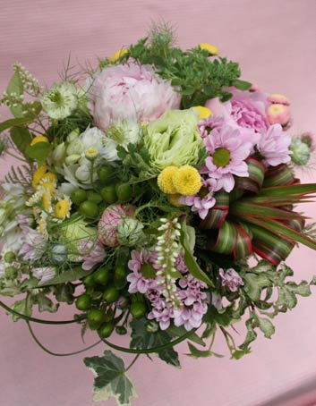 花ギフト|フラワーギフト|誕生日 花|カノシェ話題|スタンド花|ウエディングブーケ|花束|花屋|IMG_7660