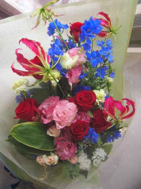 花ギフト|フラワーギフト|誕生日 花|カノシェ話題|スタンド花|ウエディングブーケ|花束|花屋|56019