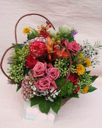 花ギフト|フラワーギフト|誕生日 花|カノシェ話題|スタンド花|ウエディングブーケ|花束|花屋|秋さわこ