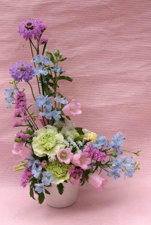 花ギフト フラワーギフト 誕生日 花 カノシェ話題 スタンド花 ウエディングブーケ 花束 花屋 IMG_7501