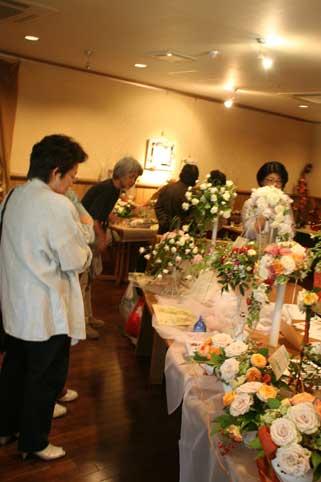 花ギフト|フラワーギフト|誕生日 花|カノシェ話題|スタンド花|ウエディングブーケ|花束|花屋|はじめ