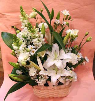 花ギフト|フラワーギフト|誕生日 花|カノシェ話題|スタンド花|ウエディングブーケ|花束|花屋|りえ 白
