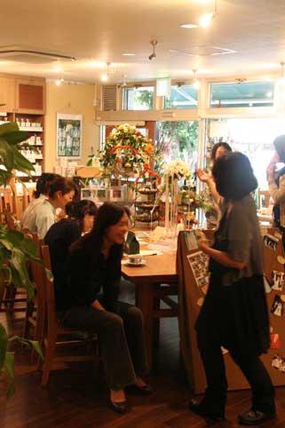 花ギフト|フラワーギフト|誕生日 花|カノシェ話題|スタンド花|ウエディングブーケ|花束|花屋|談笑