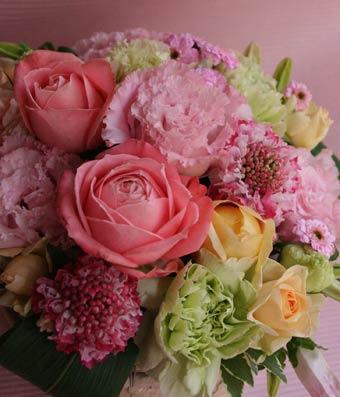 花ギフト フラワーギフト 誕生日 花 カノシェ話題 スタンド花 ウエディングブーケ 花束 花屋 IMG_7206