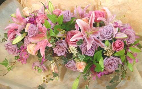 花ギフト|フラワーギフト|誕生日 花|カノシェ話題|スタンド花|ウエディングブーケ|花束|花屋|二次会
