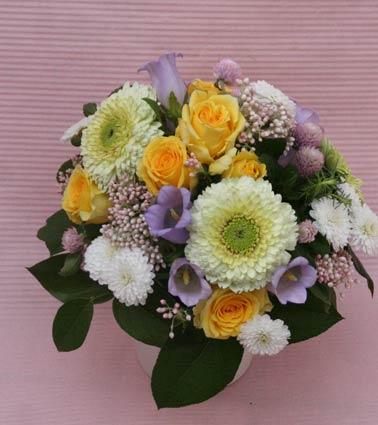 花ギフト フラワーギフト 誕生日 花 カノシェ話題 スタンド花 ウエディングブーケ 花束 花屋 IMG_7313