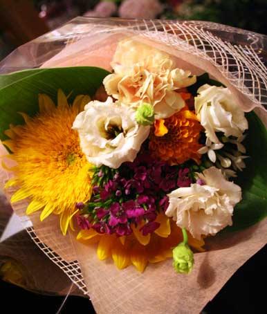 花ギフト|フラワーギフト|誕生日 花|カノシェ話題|スタンド花|ウエディングブーケ|花束|花屋|masujimasan