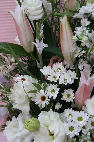 花ギフト フラワーギフト 誕生日 花 カノシェ話題 スタンド花 ウエディングブーケ 花束 花屋 IMG_7209