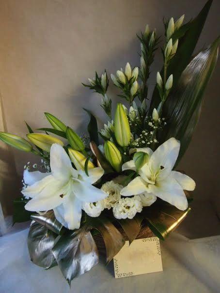 花ギフト フラワーギフト 誕生日 花 カノシェ話題 スタンド花 ウエディングブーケ 花束 花屋 青山