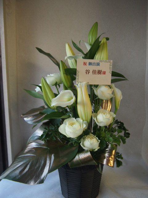 花ギフト|フラワーギフト|誕生日 花|カノシェ話題|スタンド花|ウエディングブーケ|花束|花屋|51001-1