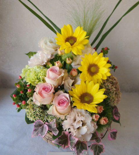 花ギフト|フラワーギフト|誕生日 花|カノシェ話題|スタンド花|ウエディングブーケ|花束|花屋|57755