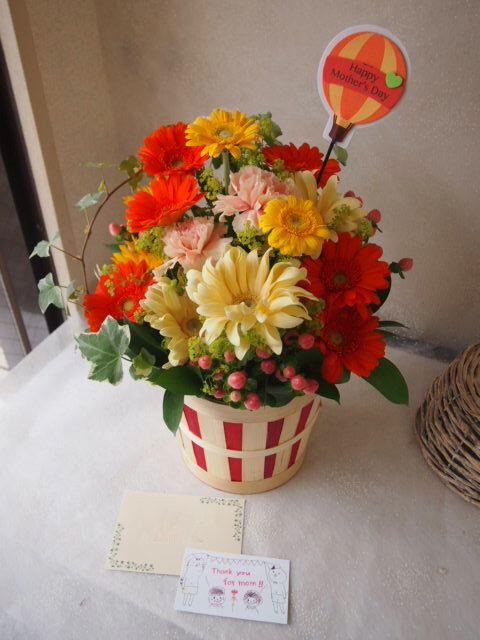 花ギフト|フラワーギフト|誕生日 花|カノシェ話題|スタンド花|ウエディングブーケ|花束|花屋|55881