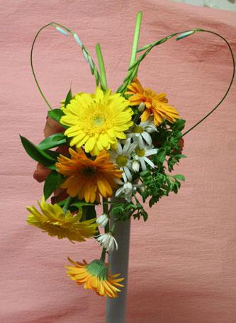 花ギフト|フラワーギフト|誕生日 花|カノシェ話題|スタンド花|ウエディングブーケ|花束|花屋|ijitisan-heart