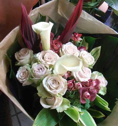 花ギフト|フラワーギフト|誕生日 花|カノシェ話題|スタンド花|ウエディングブーケ|花束|花屋|デザート