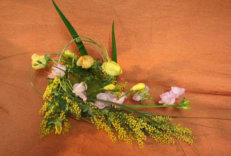 花ギフト|フラワーギフト|誕生日 花|カノシェ話題|スタンド花|ウエディングブーケ|花束|花屋|体験ミモザ