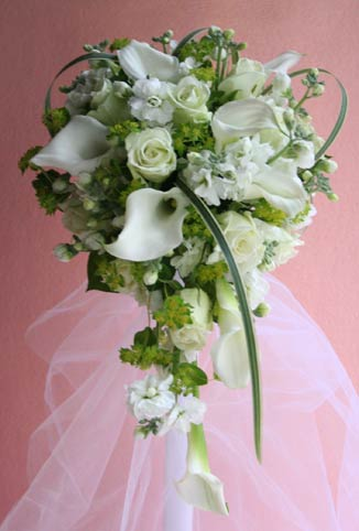 花ギフト|フラワーギフト|誕生日 花|カノシェ話題|スタンド花|ウエディングブーケ|花束|花屋|karabuv