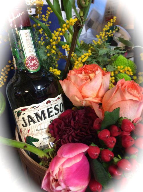 花ギフト|フラワーギフト|誕生日 花|カノシェ話題|スタンド花|ウエディングブーケ|花束|花屋|IMG_9683