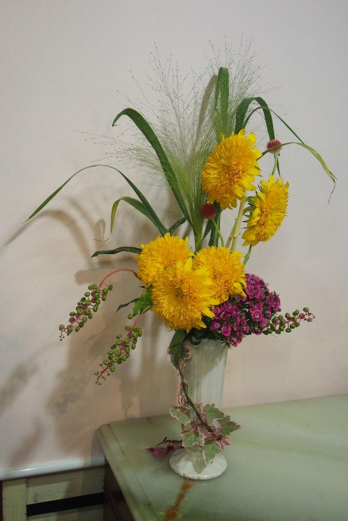 花ギフト|フラワーギフト|誕生日 花|カノシェ話題|スタンド花|ウエディングブーケ|花束|花屋|P8240911
