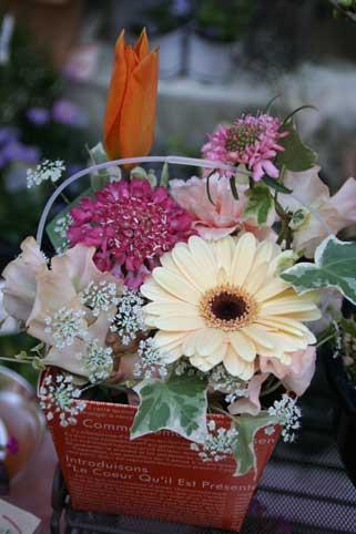 花ギフト|フラワーギフト|誕生日 花|カノシェ話題|スタンド花|ウエディングブーケ|花束|花屋|ボックス