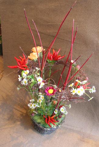 花ギフト|フラワーギフト|誕生日 花|カノシェ話題|スタンド花|ウエディングブーケ|花束|花屋|ゆかこさん トウガラシ