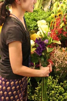 花ギフト|フラワーギフト|誕生日 花|カノシェ話題|スタンド花|ウエディングブーケ|花束|花屋|秋紫