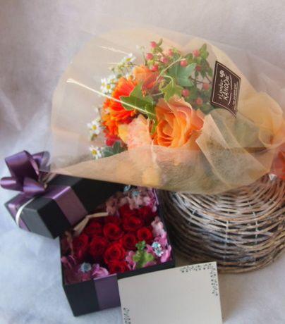 花ギフト|フラワーギフト|誕生日 花|カノシェ話題|スタンド花|ウエディングブーケ|花束|花屋|45648