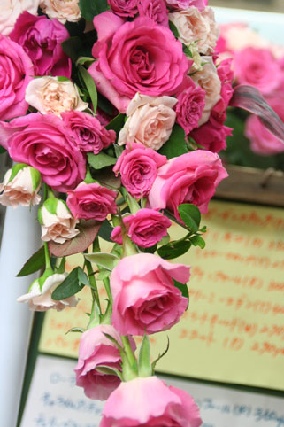 花ギフト|フラワーギフト|誕生日 花|カノシェ話題|スタンド花|ウエディングブーケ|花束|花屋|アタッシェ