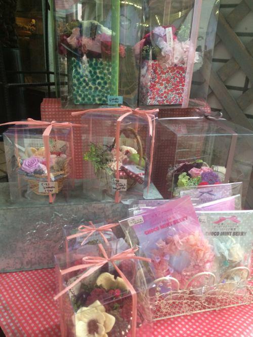 花ギフト|フラワーギフト|誕生日 花|カノシェ話題|スタンド花|ウエディングブーケ|花束|花屋|IMG_5168
