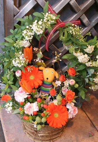 花ギフト|フラワーギフト|誕生日 花|カノシェ話題|スタンド花|ウエディングブーケ|花束|花屋|卒園アーチ