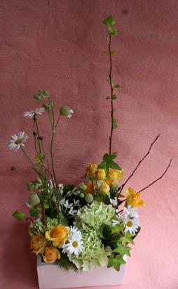 花ギフト|フラワーギフト|誕生日 花|カノシェ話題|スタンド花|ウエディングブーケ|花束|花屋|2012spring_a_wakakusa