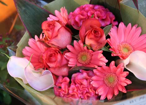 花ギフト フラワーギフト 誕生日 花 カノシェ話題 スタンド花 ウエディングブーケ 花束 花屋 カラー