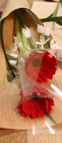 花ギフト|フラワーギフト|誕生日 花|カノシェ話題|スタンド花|ウエディングブーケ|花束|花屋|束3