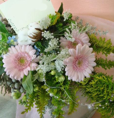 花ギフト|フラワーギフト|誕生日 花|カノシェ話題|スタンド花|ウエディングブーケ|花束|花屋|パールピンク