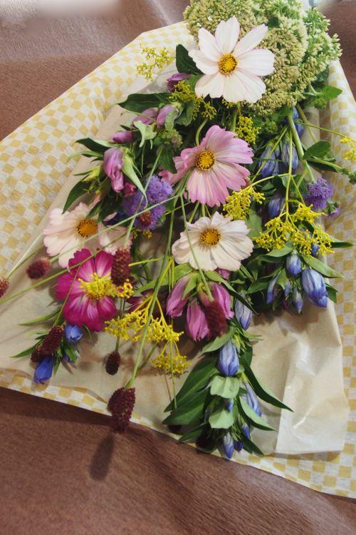 花ギフト|フラワーギフト|誕生日 花|カノシェ話題|スタンド花|ウエディングブーケ|花束|花屋|2016_aut_b1