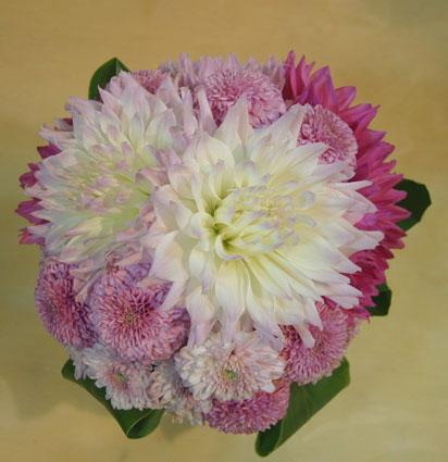 花ギフト|フラワーギフト|誕生日 花|カノシェ話題|スタンド花|ウエディングブーケ|花束|花屋|ダリア1