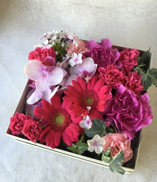 花ギフト|フラワーギフト|誕生日 花|カノシェ話題|スタンド花|ウエディングブーケ|花束|花屋|IMG_2785