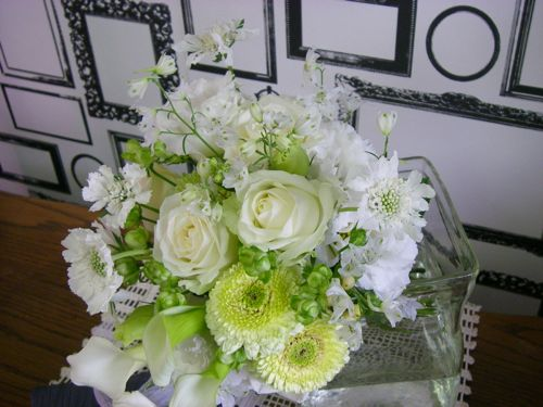 花ギフト|フラワーギフト|誕生日 花|カノシェ話題|スタンド花|ウエディングブーケ|花束|花屋|P1010270