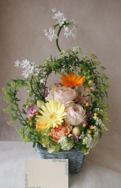 花ギフト|フラワーギフト|誕生日 花|カノシェ話題|スタンド花|ウエディングブーケ|花束|花屋|45833