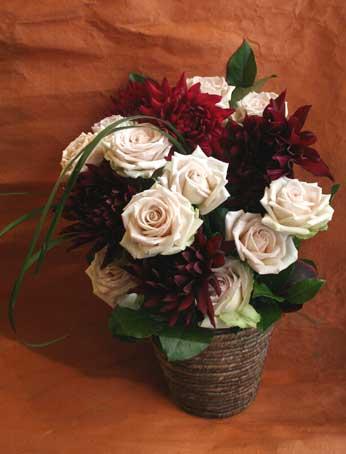 花ギフト|フラワーギフト|誕生日 花|カノシェ話題|スタンド花|ウエディングブーケ|花束|花屋|ダリア デザート