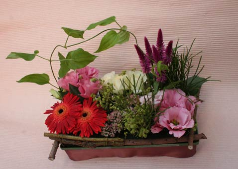 花ギフト|フラワーギフト|誕生日 花|カノシェ話題|スタンド花|ウエディングブーケ|花束|花屋|しのぶちゃん赤