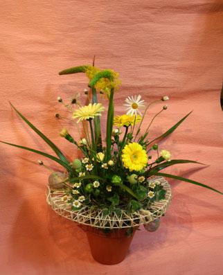 花ギフト|フラワーギフト|誕生日 花|カノシェ話題|スタンド花|ウエディングブーケ|花束|花屋|ijitisan-easter